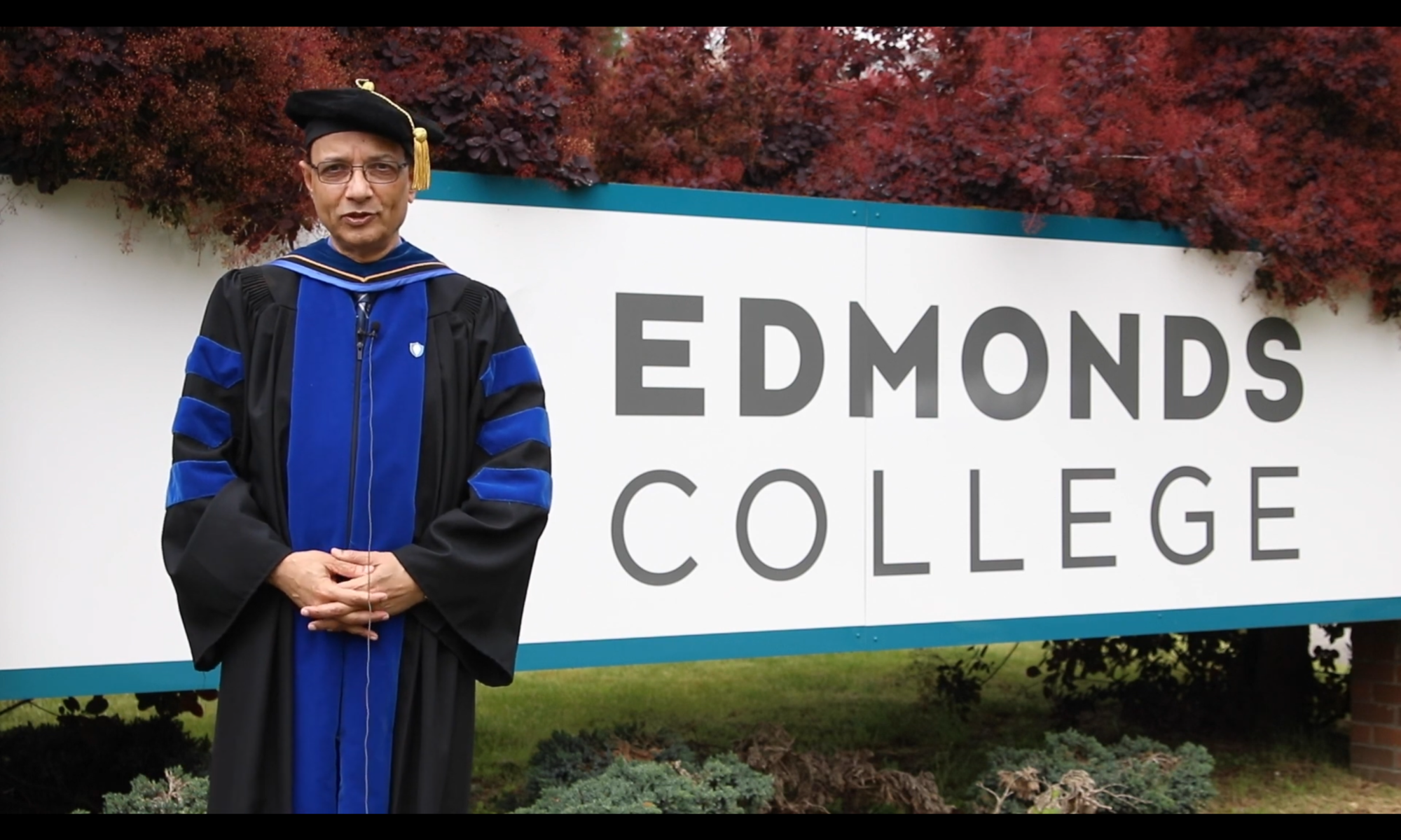 Commencement speaker at Edmonds College